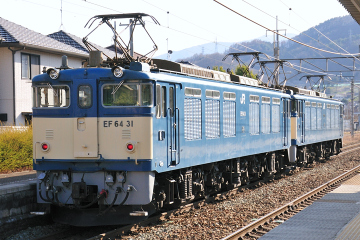 2009033004